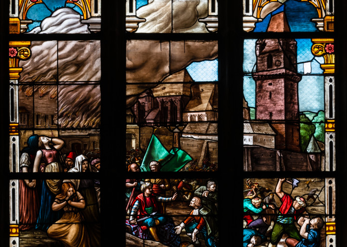 Perchtoldsdorf Pfarrkirche Türkenfenster 01