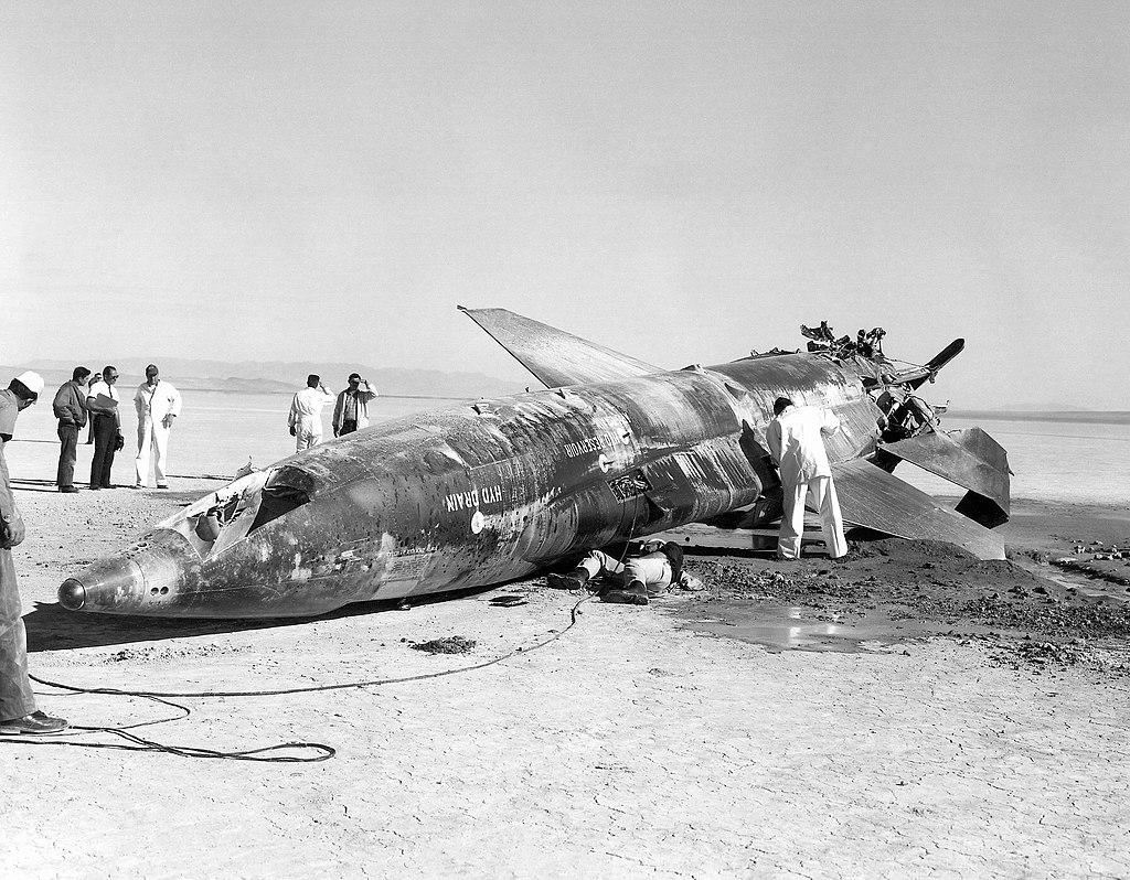 1024px-X-15_Crash_at_Mud_Lake,_Nevada_-_GPN-2000-000120