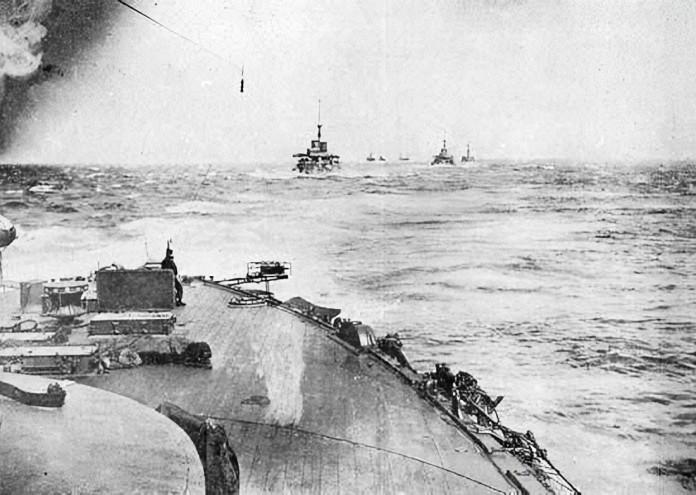Japanese_Fleet_Proceeding_Toward_The_Baltic_Fleet