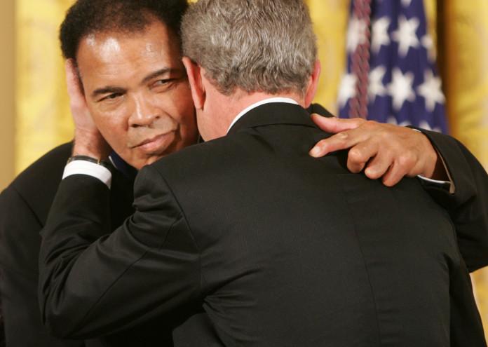 President_George_W._Bush_Embraces_Muhammad_Ali