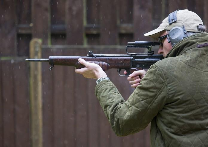 1200px-British_Assault_Rifles_MOD_45162606