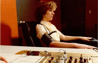 1280px-Administration_of_Polygraph