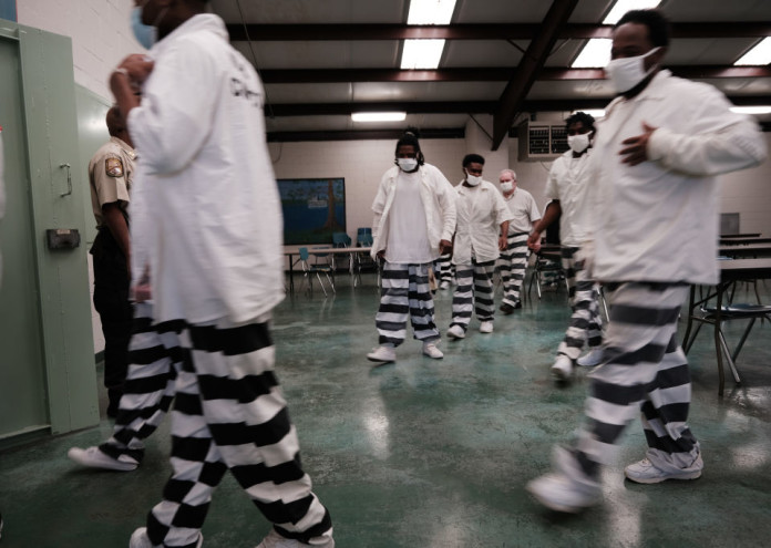 Mississippi Prisoners Administered Covid Vaccinations