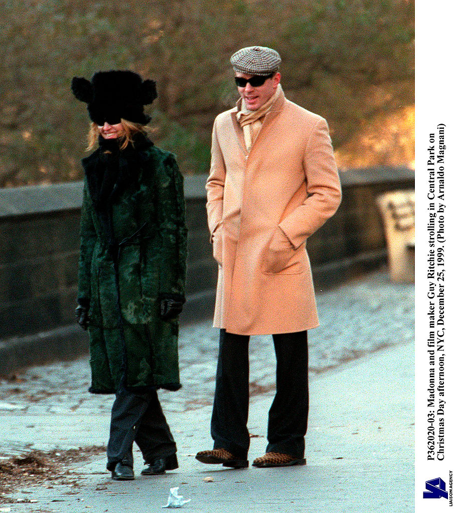 Madonna And Film Maker Guy Ritchie Strolling In Central Park On Christmas Day Afternoon