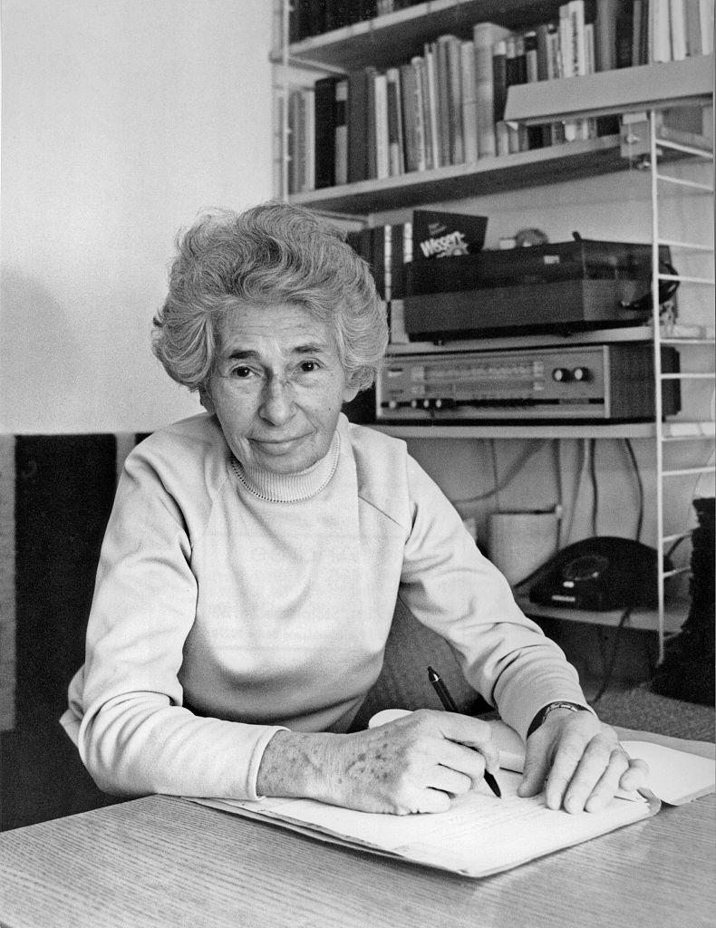 Ruth Werner. *15.05.1907-07.07.2000+ Agentin des sowjetischen Militärnachrichtendienstes GRU