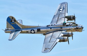 1280px-B17_-_Chino_Airshow_2014_(framed)